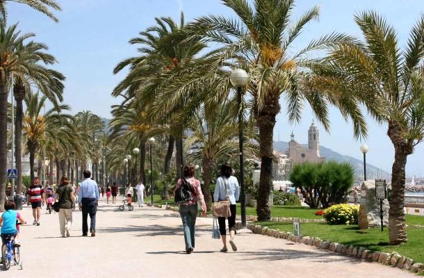 Sitges on Barcelonan eloisa naapuri