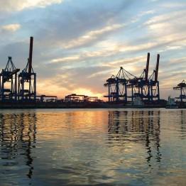 Hampuri on yhä tärkeä satamakaupunki.