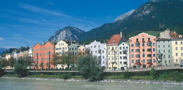 Innsbruckia ympyröi Alpit