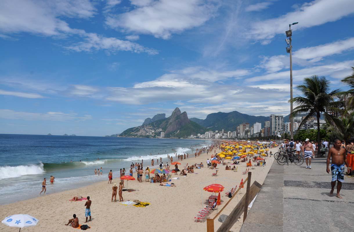 Rio de Janeirossa voi yhdistää kaupunki- ja rantaloman.
