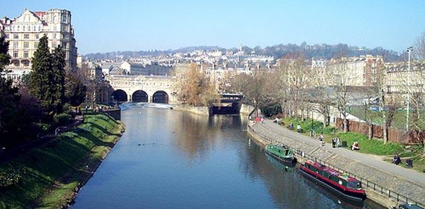 Bath on suloinen pikkukaupunki