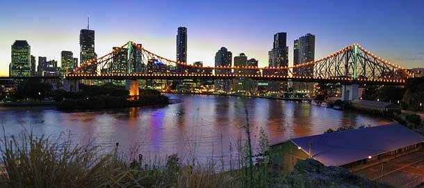 Brisbane yövalaistuksessaan