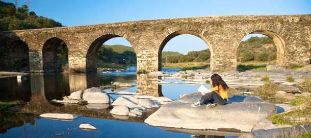 Historiallinen silta Salamancassa