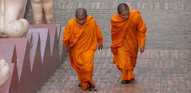 Munkkeja Phnom Pehnissä