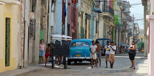 Havana on täynnä tunnelmallisia pikkukujia