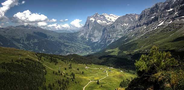Haluaisitko vaeltaa Alpeilla? Kokeile reissua virtuaalisesti