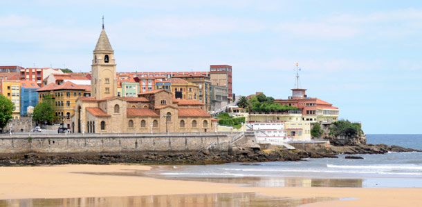 San Lorenzon ranta Espanjan Gijonissa
