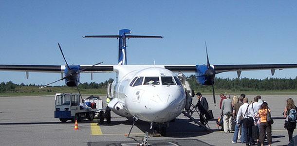 Lentokone Turun lentokentällä