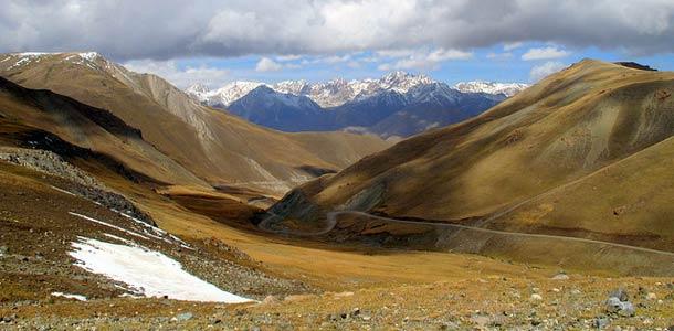 Vuoristomaisemia Kirgiassa
