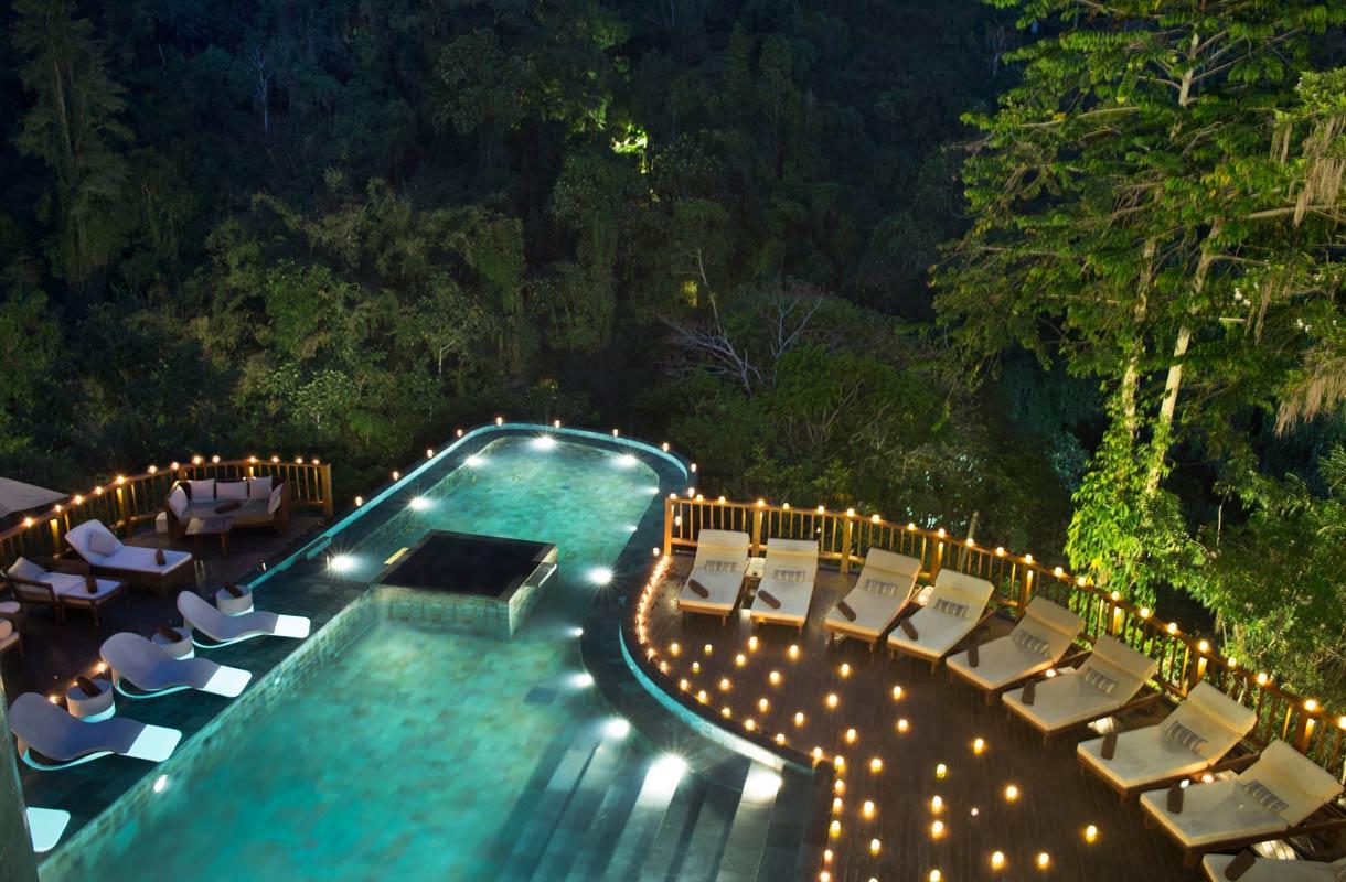 Balin Hanging Gardens tunnetaan uima-altaastaan