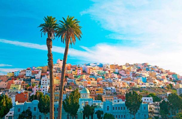 Las Palmasiin voi lähteä tekemään ostoksia ja tutustumaan kulttuuriin.