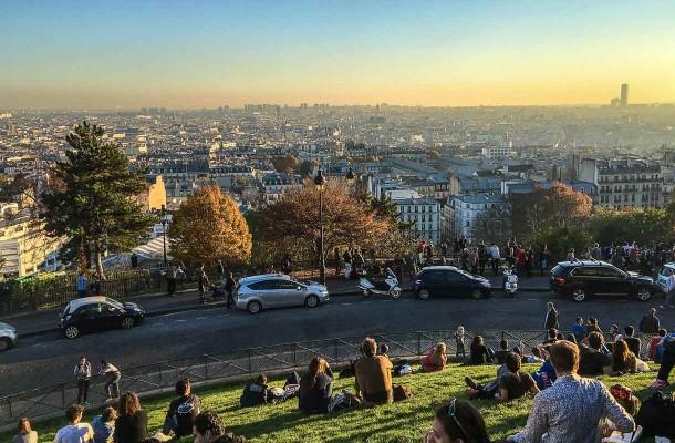Maisema Pariisiin