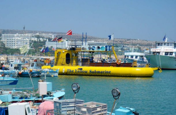 Kypros-Agia-Napa-submarine-Flickr-jurgen-proschinger