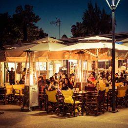 Limassolista löytyy lukuisia tunnelmallisia ravintoloita.