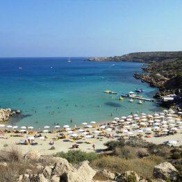 Protaras on kesäisin aurinkovarma rantakohde.