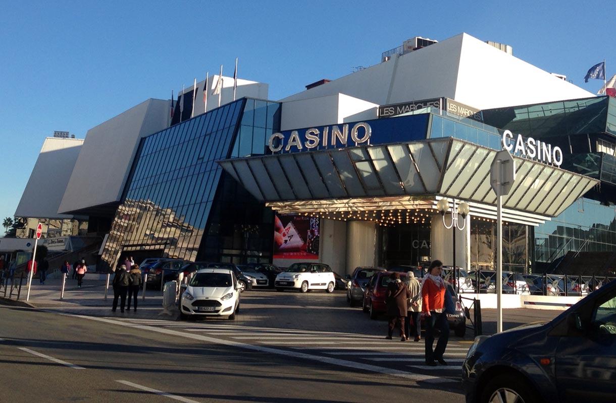 Cannesin kasinoilla voi yrittää tuplata lomabudjetin.