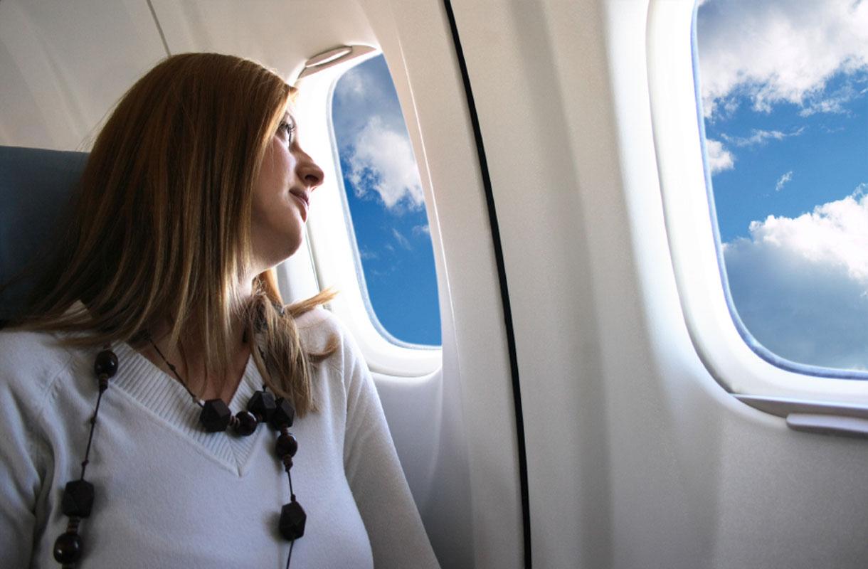 Voiko lentokoneen ikkunan läpi ruskettua?