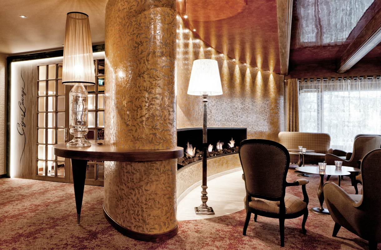 Tschuggen Grand Hotelin baari