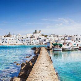 Paros on hyvä vaihtoehto Santorinille