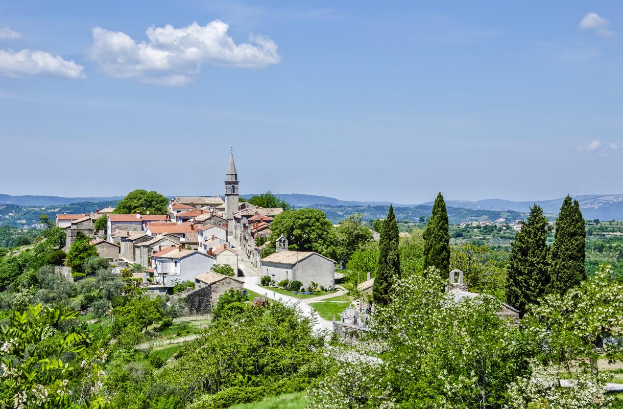 Hum, Kroatia
