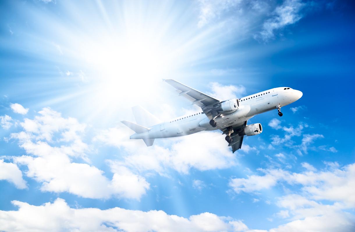 Lentokone vastavalossa