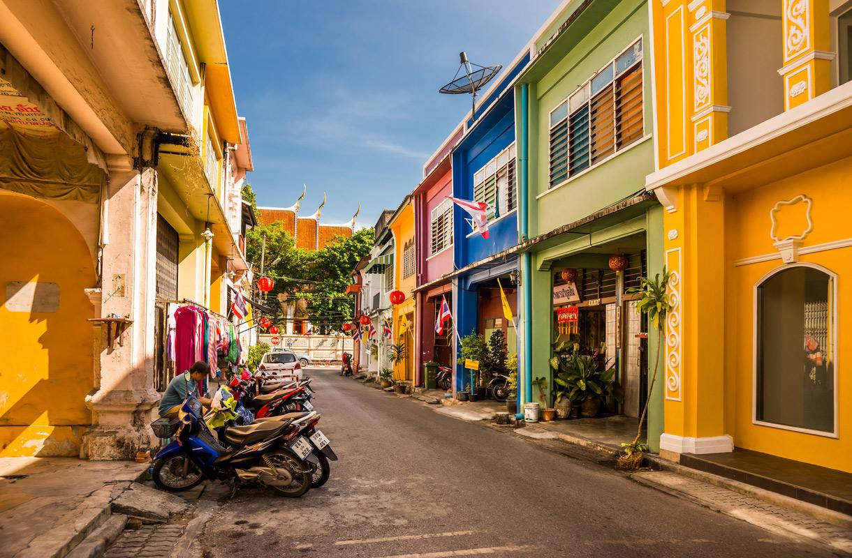 Viisi vinkkiä Phuket Towniin