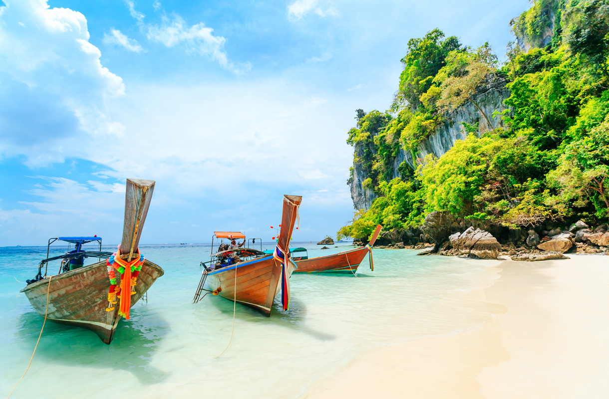 Halvat lennot Thaimaahan